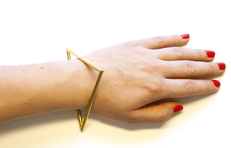 Iced triangle bracelet